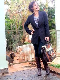 blog v@ LOOKS | por leila diniz: MARITACAS . BOXER . BASSETT . CORUJA . ONÇA. Juntos nas fotos do LOOK blazer preto HERING + DEUS