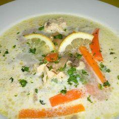 Legényfogó leves Receptek a Mindmegette. Healthy Soup Recipes, My Recipes, Real Food Recipes, Diet Recipes, Hungarian Desserts, Winter Soups, Slow Cooker Soup, Diy Food, Soups And Stews