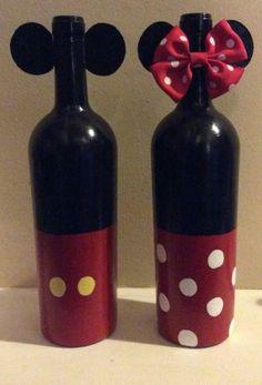 Who doesn't love a little Disney in their life Wine Bottle Glasses, Wine Bottle Corks, Glass Bottle Crafts, Diy Bottle, Diy Glasses, Liquor Bottles, Vodka Bottle, Painted Wine Bottles, Bottles And Jars