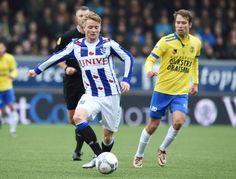 Sam Larsson was bij vlagen niet te stuiten in de Friese derby.