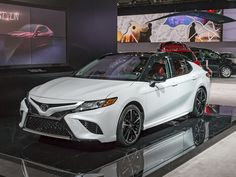 2018 Toyota Camry New Take On An Old Standby Kelley Blue Book