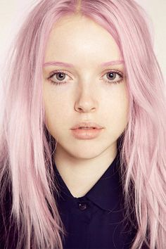 FAIR SKIN- i think pale skin is way too hated on. all skin is beautiful though, i just feel that fair skin is underrated. Ombre Hair, Purple Hair, Purple Ombre, Pastel Green Hair, Baby Pink Hair, Ombre Bob, New Hair Color Trends, New Hair Colors, Hair Trends