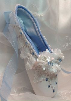 Nutcracker Clara nightgown decorated pointe shoe.READY TO SHIP.Nutcracker ballet gifts. Giselle. Cinderella.