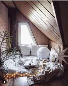 "8,022 Likes, 57 Comments - Vibeke J Dyremyhr (@interior_delux) on Instagram: ""Cozy corner in the attic #bedrooms #attic #cozycorner #christmastime #soverom #jul…"""