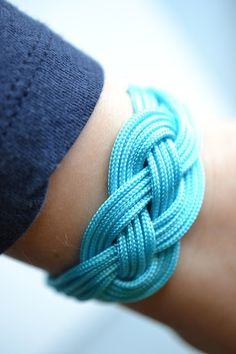 How to make an infinity knot bracelet with Dazzle-it's Lovely Knots cord!