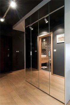 Mirror closet doors (both sides with pine wood frame all around the non-mirrored surfaces) lighting bar onto mirror Mirror Closet Doors, Entryway Mirror, Wood Framed Mirror, Room Doors, Mirror Door, Interior Exterior, Home Interior, Closet Bedroom, Bedroom Decor