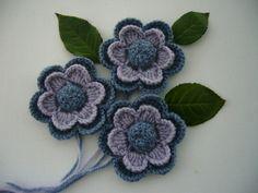 Crochet Applique Crochet Flowers Corsage by CraftsbySigita