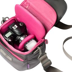 Want this bag!  $63 DSLR Camera Bag
