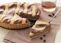 La Casatella terracinese è una crostata alla ricotta, caffè e rum molto profumata e facile da preparare. Un dolce tipico di Terracina, da non perdere !