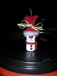 Wine cork snowman.