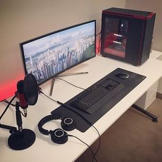 """Uau muito top 146 curtidas, 8 comentários - Chase (@dailycpu) no Instagram: """"Just perfect @ed.techsource! Love your videos and your desk ☺️"""""""