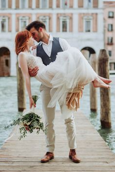 Anna Kara wedding gown + Poil de Chameau groom's apparel from this Venice elopement inspo  | Image by Maïlys Fortune Photography