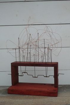 Continuous wire form automata