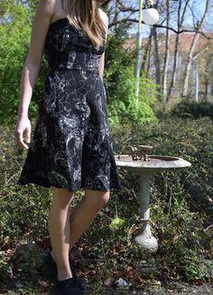 Kupuj mé předměty na #vinted http://www.vinted.cz/damske-obleceni/dlouhe-saty/11902491-cerne-kvetovane-saty-orsay