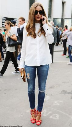 Love this look for the perfect combination of crisp high neck shirt with skinny jeans & feature red heels.