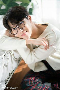 Image uploaded by Jungkook BTS ☆彡. Find images and videos about boy, kpop and bts on We Heart It - the app to get lost in what you love. Bts J Hope, J Hope Selca, Namjoon, Seokjin, Jimin, Bts Bangtan Boy, Yoongi Bts, Foto Bts, Bts Photo