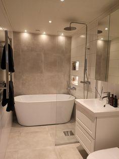 Wc Bathroom, Family Bathroom, Bathroom Renos, Modern Bathroom, Best Bathroom Designs, Bathroom Design Small, Bathroom Interior Design, Bathroom Design Inspiration, Bad Inspiration