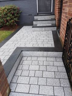 Light Grey Sawn Granite Setts   Granite Driveway Setts