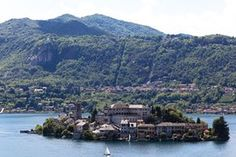 The island of Orta San Giulio, Lago d'Orta, northern Italy. Holidays Around The World, Around The Worlds, Best Swimming, Northern Italy, Island Resort, Greece, Beautiful Places, Mexico, The Incredibles