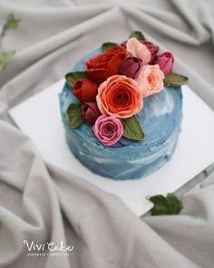 buttercream flowercake Made by_Vivi . . . Vivi cake www.vivi-cake.com…
