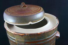 Mudslide water-lock fermentation crock Pickling Crock, Fermentation Crock, Ceramic Store, Canning Food Preservation, Stoneware Crocks, Fermented Foods, Canning Recipes, Kombucha, Home Brewing