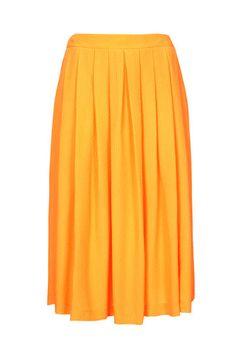 En color mandarina...