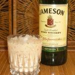 Celtic Twilight Cocktail - SOOOO DELISH! ◾1 oz Irish Whiskey (Bushmills Honey Whiskey) ◾1 oz Irish Cream liqueur (Baily's) ◾1 oz hazlenut liqueur (Frangelico) yum!