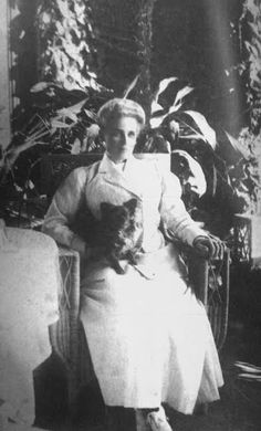 Princess Zenaida Youssoupoff in her Tsarskoe Selo Dacha c. 1910