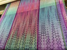 Loom Weaving, Hand Weaving, Painted Warp, Tapestry Loom, Weaving Projects, Weaving Patterns, Bobbin Lace, Weaving Techniques, Fiber Art
