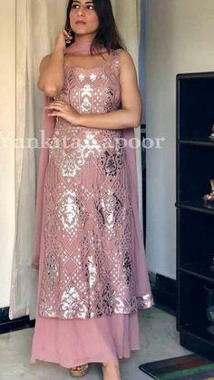 Party Wear Indian Dresses, Designer Party Wear Dresses, Indian Gowns Dresses, Indian Bridal Outfits, Indian Fashion Dresses, Kurti Designs Party Wear, Dress Indian Style, Indian Designer Outfits, Indian Wear