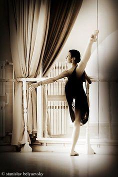 Kristina Shapran at Vaganova Ballet Academy  Photo by Stanislav Belyaevsky