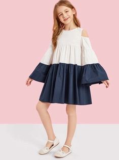 To find out about the Girls Cold Shoulder Two Tone Smock Dress at SHEIN, part of our latest Girls Dresses ready to shop online today! Girls Smocked Dresses, Dresses Kids Girl, Kids Outfits Girls, Girl Outfits, Cute Outfits, Dress Girl, Houndstooth Dress, Colorblock Dress, Kid Outfits