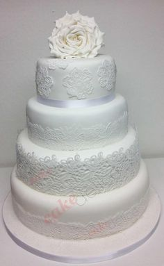 1000 images about dentelle en sucre on cake wedding gold and wedding cakes