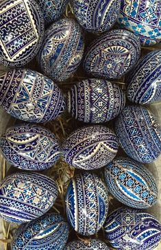 Posts about P. Zonka written by Julie Paschkis Egg Crafts, Easter Crafts, Polish Easter, Easter Egg Designs, Ukrainian Easter Eggs, Easter Activities, Egg Art, Pebble Painting, Egg Decorating