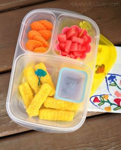 How to pack fish sticks for lunch | packed in @EasyLunchboxes containers