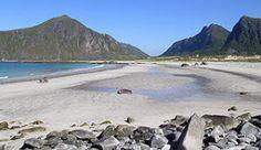 La spiaggia di Flakstad alle Lofoten, Norvegia