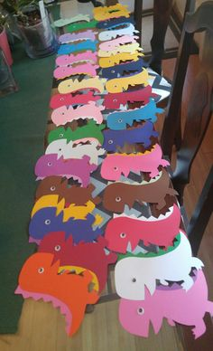 Ra Door Tags, Cubby Tags, Dorm Door, Door Decks, Resident Assistant, Dinosaur Birthday Party, Dorm Decorations, Crafts For Kids, Ra Boards