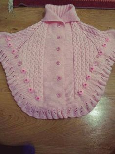 This Pin was discovered by Ayla Bozal. Discover (and save!Discover thousands of images about gulgunKnitting, Crochet For BabyYou can knit this beautiful poncho by looking at the images for your babySilvia I. Knit Vest Pattern, Poncho Knitting Patterns, Lace Knitting, Knitting Designs, Baby Cardigan, Baby Pullover, Crochet Baby Jacket, Crochet Poncho, Baby Sweaters