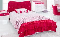 #yakut #çilekodasi #cilekroom #decoration #dekorasyon #genc #oda #pembe #beyaz #pembeoda #beyazoda #klasik #white #pink #yatak #bed #nevresim