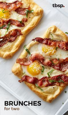 Bacon and Egg Crescent Squares Breakfast doesn't get much better than flaky, buttery crescents filled with eggs, bacon and topped with fresh Parmesan cheese. It's worth getting out of bed for, we promise. Breakfast Pizza, Breakfast Dishes, Breakfast Time, Best Breakfast, Breakfast Casserole, Breakfast Ideas With Eggs, Gourmet Breakfast, Mexican Breakfast, Breakfast Sandwiches