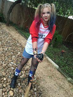 Mira este artículo y descubre todo lo que necesitas para disfrazarte de Harley Quinn. Hay versiones de la novia del Joker que seguro desconocías. #halloween #harleyquinn #disfraz #costume