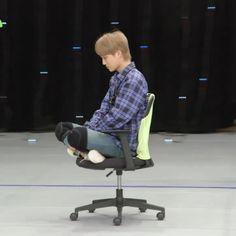 Exo Kai, Chanyeol, Exo Variety Shows, Foto Meme, Cute Bunny Pictures, Kim Jongin, Exo Memes, Kaisoo, Meme Faces