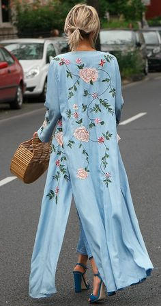 "Gitta Banko ""Blondwalk"" blogger Kimono: Zara, Top: American Vintage, Jeans: Closed, Shoes: Gucci, Bag: Minusey, Sunnies: Alexander McQueen, Necklace& Bracelet: From Bali"