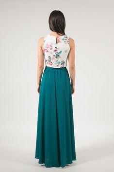 Kelly Green Full Maxi Skirt – Skylar Belle Maxi Skirt Outfit Summer, Maxi Skirt Outfits, Summer Outfits, Flowy Skirt, Midi Skirt, Kelly Green, A Line Skirts, My Style, Lace
