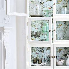 Home-Styling: Original ways of using Wallpaper *** Formas orginais de usar papel de parede