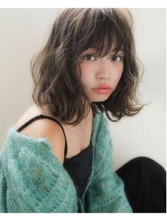 Japan's latest short-haired medium short hair hairstyle - Modern Japanese Short Hair, Asian Short Hair, Medium Short Hair, Japanese Hairstyle, Short Hair With Bangs, Medium Hair Cuts, Medium Hair Styles, Curly Hair Styles, Asian Hair Perm