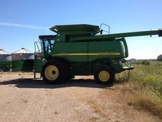 2004 John Deere 9660 STS Combine for sale by owner on Heavy Equipment Registry http://www.heavyequipmentregistry.com/heavy-equipment/15111.htm