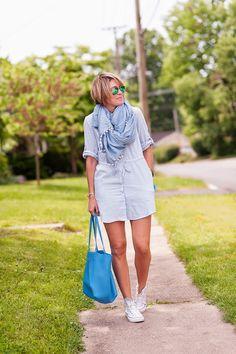 GiGi New York | Sky Blue Tori Tote | s e e r s u c k e r + s a d d l e s Fashion Blog