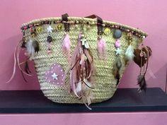 Workshop Ibiza Style tassen maken Hippie Bohemian, Hippie Chic, Beach Basket, Straw Handbags, Ibiza Fashion, Jewelry Making, Ibiza Style, Bohemian Interior, Scrappy Quilts