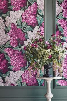 Amazing Lilac Grandiflora wallpaper by Cole & Sons.